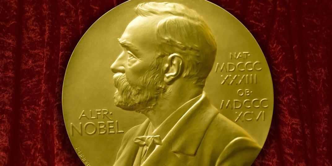 """الجامعات التي قدمت أكبر عدد من حائزي """"نوبل"""" في القرن الـ 21"""