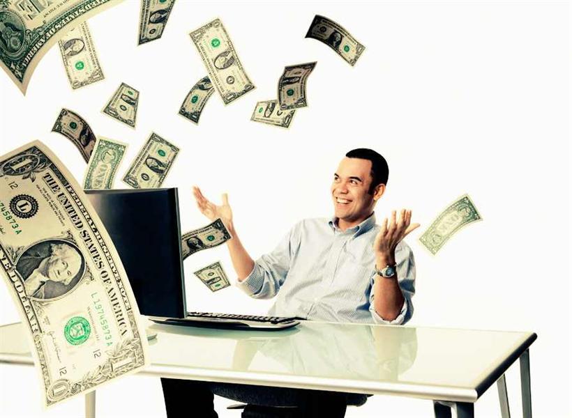 5 طرق لكسب المال إلى جانب الوظيفة تمهيدا لتركها
