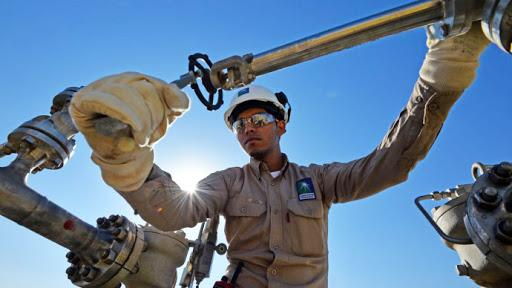 Saudi Aramco may approve new contractors for long-term projects