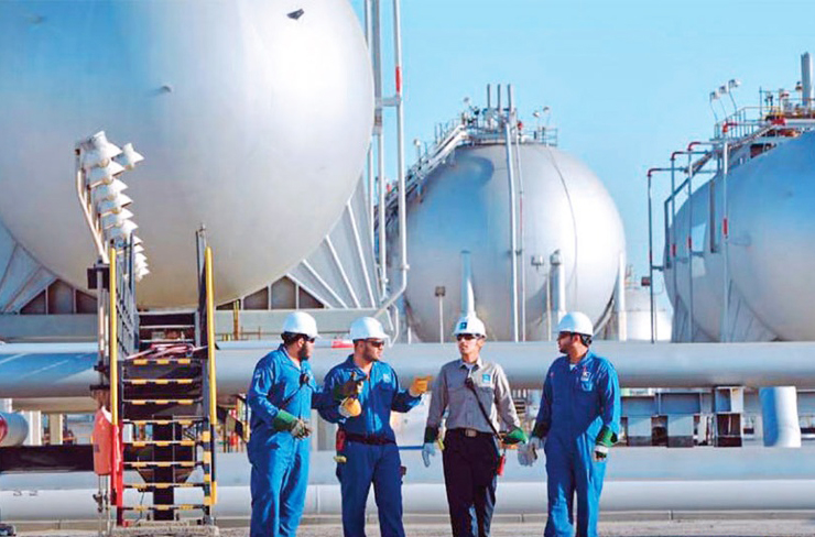 Saudi Aramco says oil, gas output hit record high in 2015